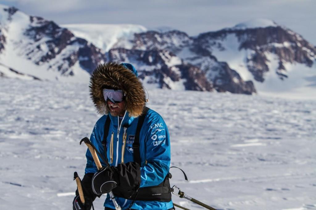 2013-AntarcticaWillis-PaddyScott-Antarctica2013-157-s
